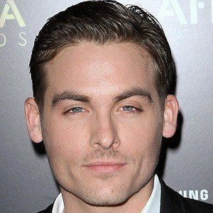 Kevin Zegers 2 of 10