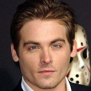 Kevin Zegers 4 of 10
