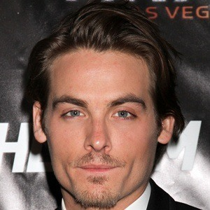 Kevin Zegers 8 of 10