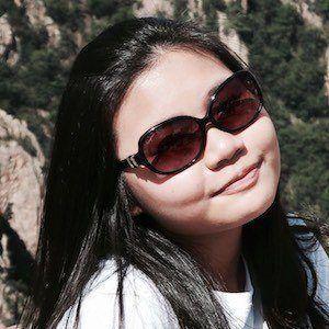 Kezia Nathania 2 of 3