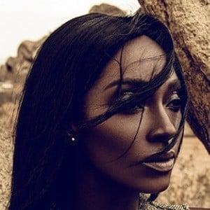 Khadija Shari 2 of 2