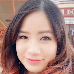 Kim Dao 2 of 8