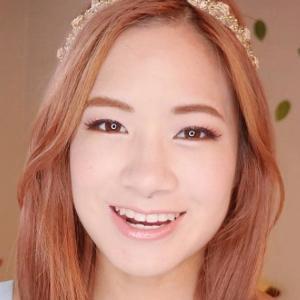 Kim Dao 4 of 8