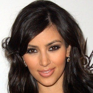 Kim Kardashian 9 of 10