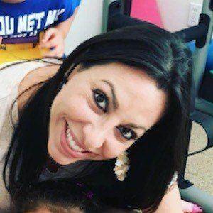 Kim Leyva 7 of 9