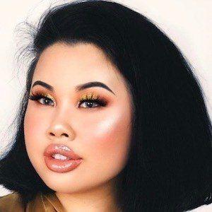 Kim Thai 3 of 10