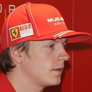 Kimi Raikkonen 4 of 7