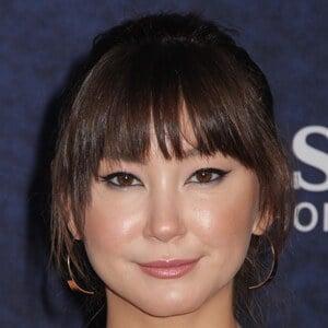 Kimiko Glenn 6 of 8