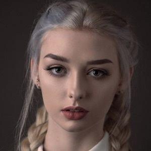 Kira Conley 6 of 10