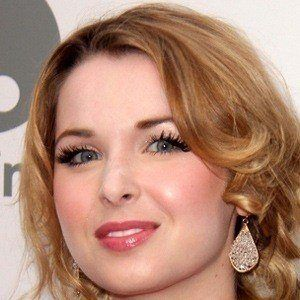 Kirsten Prout 2 of 5