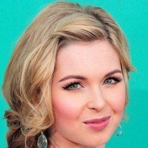 Kirsten Prout 3 of 5