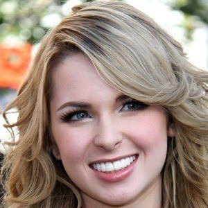 Kirsten Prout 4 of 5