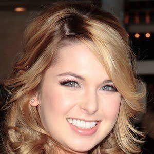 Kirsten Prout 5 of 5