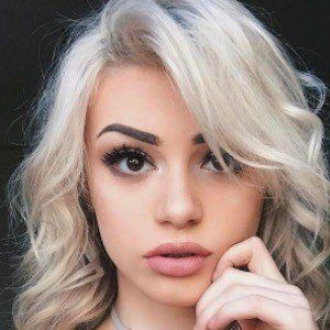 Kristen Hancher 6 of 10