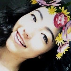 Kristen Li 2 of 6