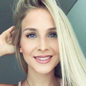 Kristin Schwan 7 of 10