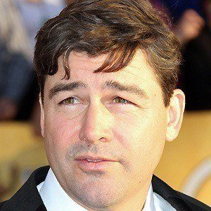 Kyle Chandler 4 of 10