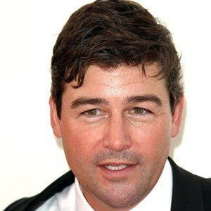 Kyle Chandler 6 of 10