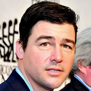 Kyle Chandler 7 of 10