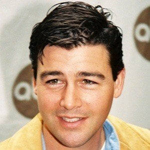 Kyle Chandler 9 of 10