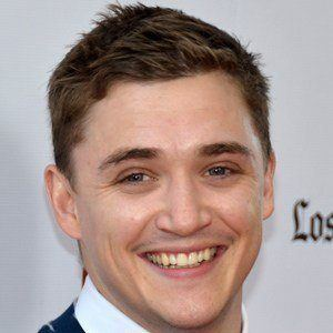 Kyle Gallner 2 of 5