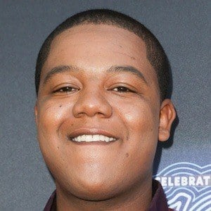 Kyle Massey 6 of 10