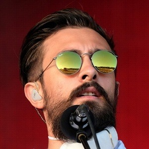 Kyle Simmons 5 of 7