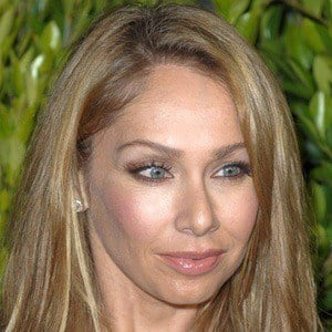 Kym Johnson 8 of 10