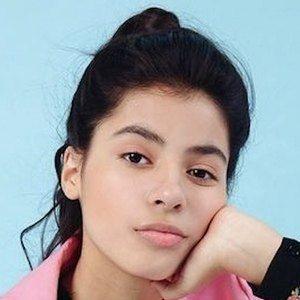Kyndra Sanchez Headshot 7 of 10