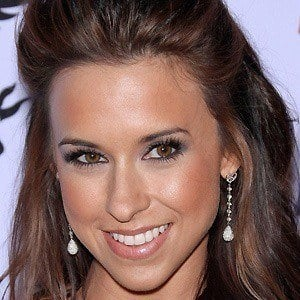 Lacey Chabert 5 of 10