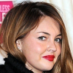Lacey Turner 2 of 7
