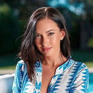 Laetitia Tribaldos 4 of 6