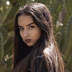 Laia Fidalgo Vega 2 of 9