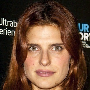 Lake Bell 3 of 10