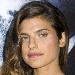 Lake Bell 6 of 10
