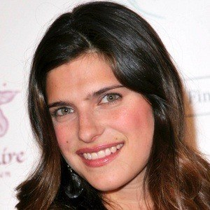 Lake Bell 8 of 10