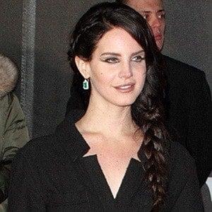 Lana Del Rey - Bio, Facts, Family | Famous Birthdays