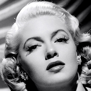 Lana Turner 5 of 10