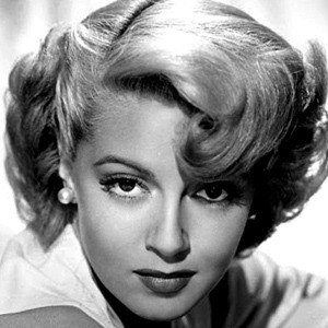 Lana Turner 6 of 10