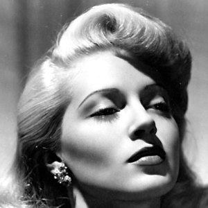 Lana Turner 7 of 10