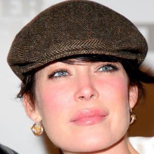 Lara Flynn Boyle 5 of 9