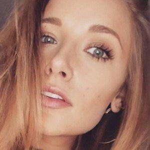 Lara Sebastian 3 of 5