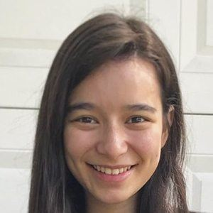 Hannah Fawcett Headshot 9 of 10