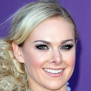 Laura Bell Bundy 3 of 10
