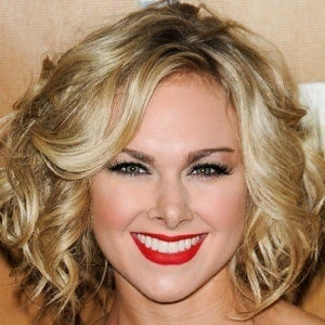 Laura Bell Bundy 6 of 10
