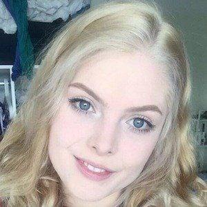 Laura Gilbert 5 of 7