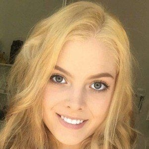 Laura Gilbert 6 of 7