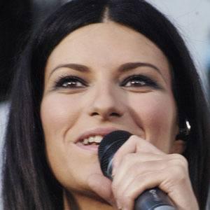 Laura Pausini 3 of 8