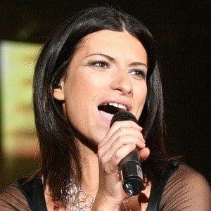 Laura Pausini 6 of 8