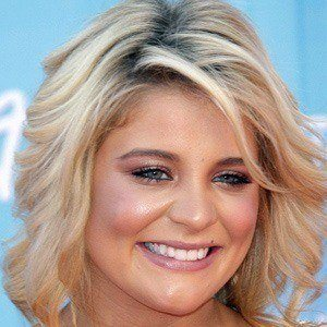Lauren Alaina 3 of 10